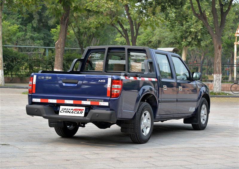 宝典 2015款 2.9T两驱柴油豪华款PLUS图片
