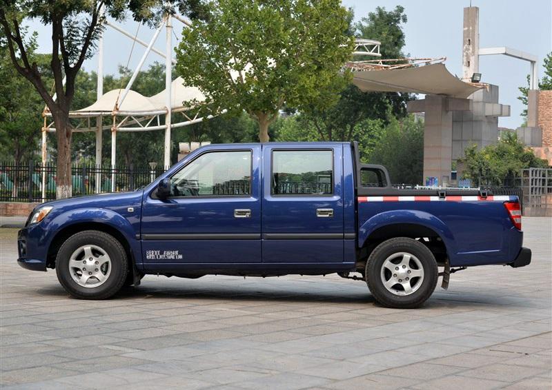 宝典 2015款 2.9T两驱柴油豪华款PLUS图片7
