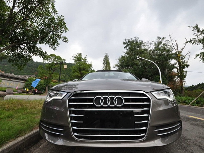 奥迪A6L 2012款 30 FSI 舒适型图片