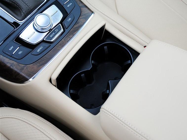 奥迪A6L 2012款 35 FSI quattro 豪华型图片6
