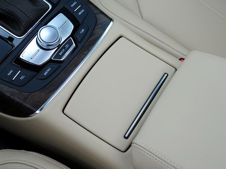 奥迪A6L 2012款 35 FSI quattro 豪华型图片5