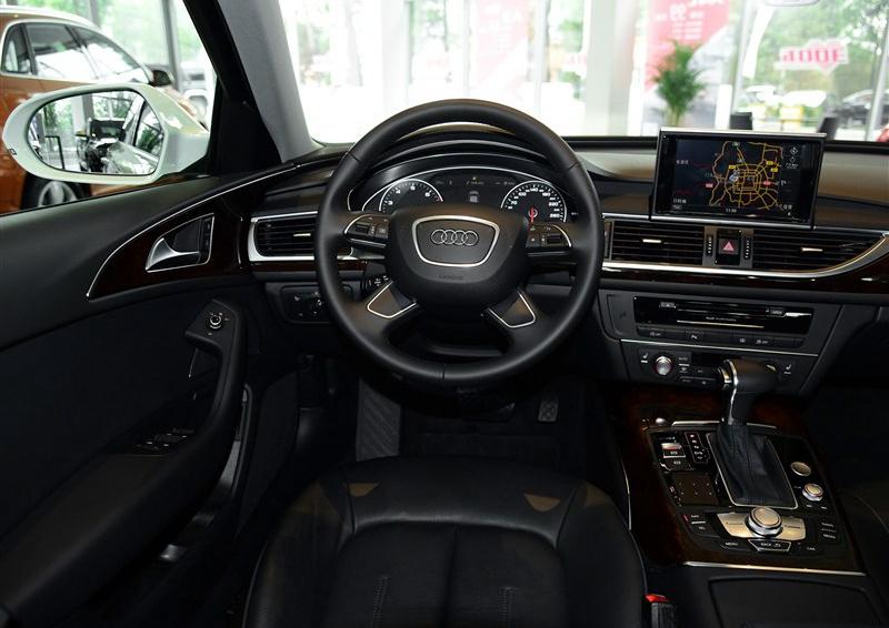 奥迪A6L 2015款 30 FSI 百万纪念舒享型中控方向盘图片