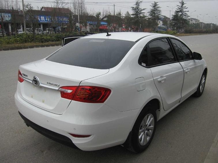 中华H530 2011款 1.6L 手动舒适型车身外观图片