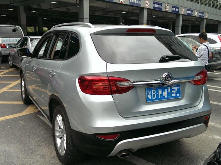中华V5 2012款 1.6L 自动豪华型图片8
