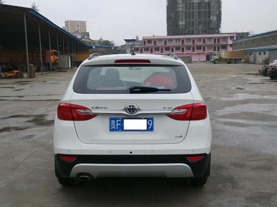 中华V5 2012款 1.5T 手动两驱运动型图片10
