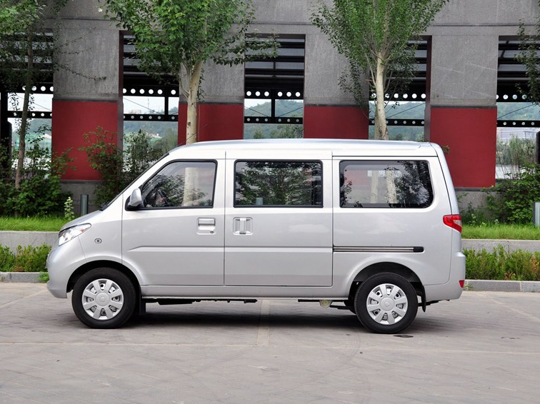 在北京车展上看到了一辆永源五星微客,非常的喜... _汽配人问答