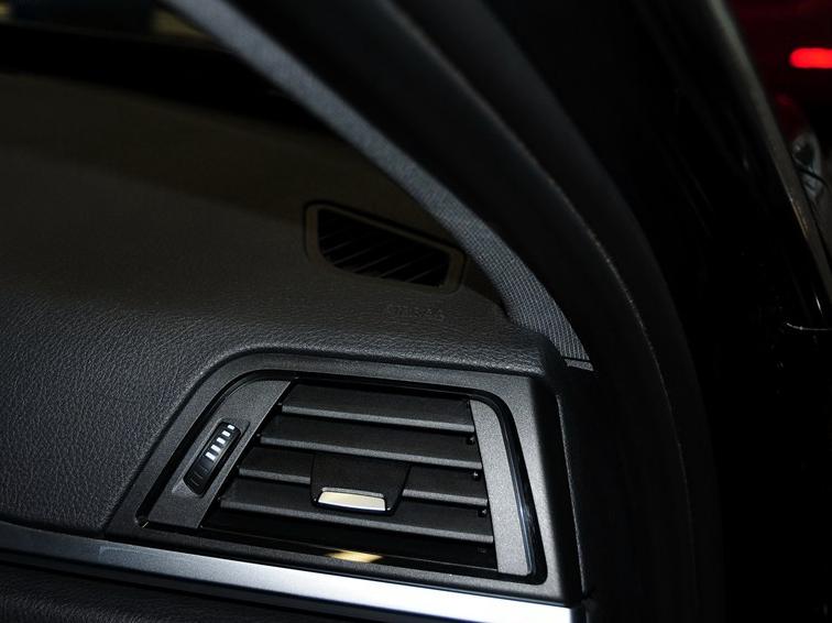 宝马3系 2013款 改款 328Li 豪华设计套装图片10