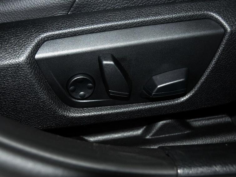 宝马3系 2013款 改款 328Li 风尚设计套装图片10