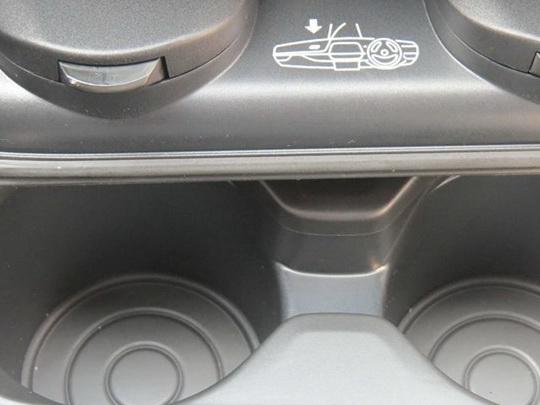 宝马3系 2014款 320Li 手动型中控方向盘图片