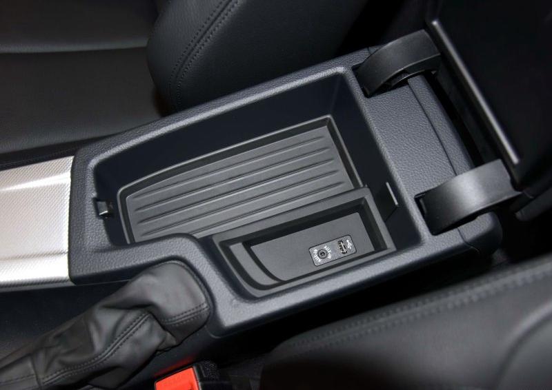 宝马3系 2016款 328i M运动型车厢座椅图片
