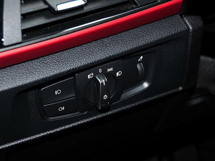 宝马1系 2013款 改款 118i 运动型图片10