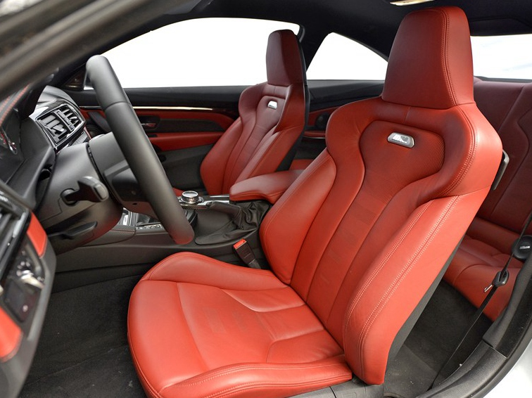 宝马m4 2014款 m4 马年限量版车厢座椅图片