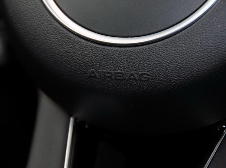 奥迪Q5(进口) 2013款 40 TFSI hybrid中控方向盘图片