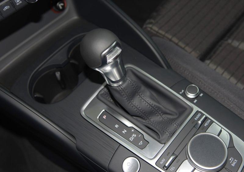 奥迪A3(进口) 2015款 Sportback e-tron 舒适型图片10