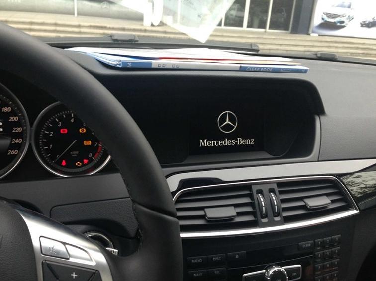 奔驰C级 2013款 C180 经典型 Grand Edition中控方向盘图片