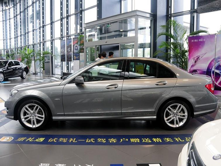 奔驰C级 2013款 C260 时尚型 Grand Edition车身外观图片