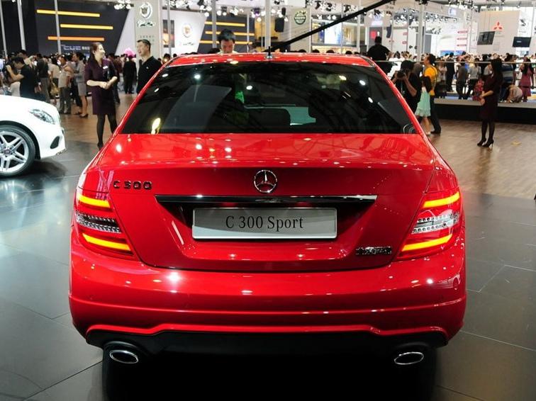 奔驰C级 2013款 C300 运动型 Grand Edition车身外观图片