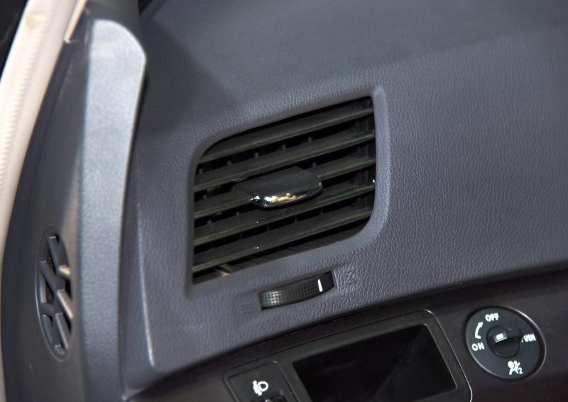 比亚迪e6 2016款 400 精英版图片8