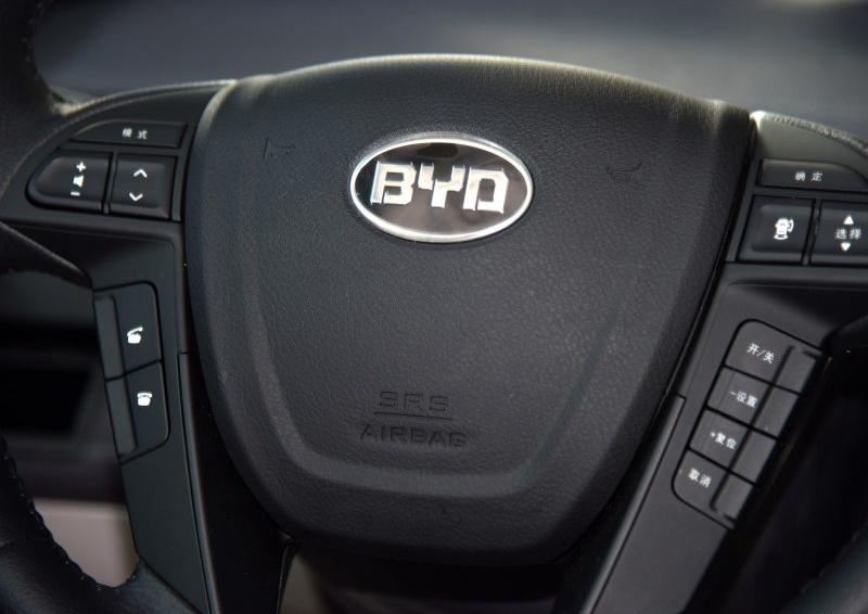 比亚迪e6 2016款 400 精英版图片10