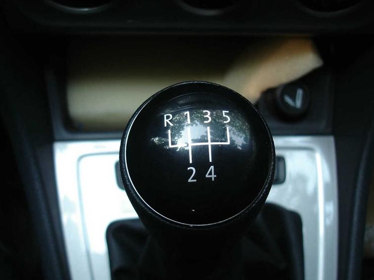 朗逸 2013款 改款 1.6L 手动风尚版中控方向盘图片