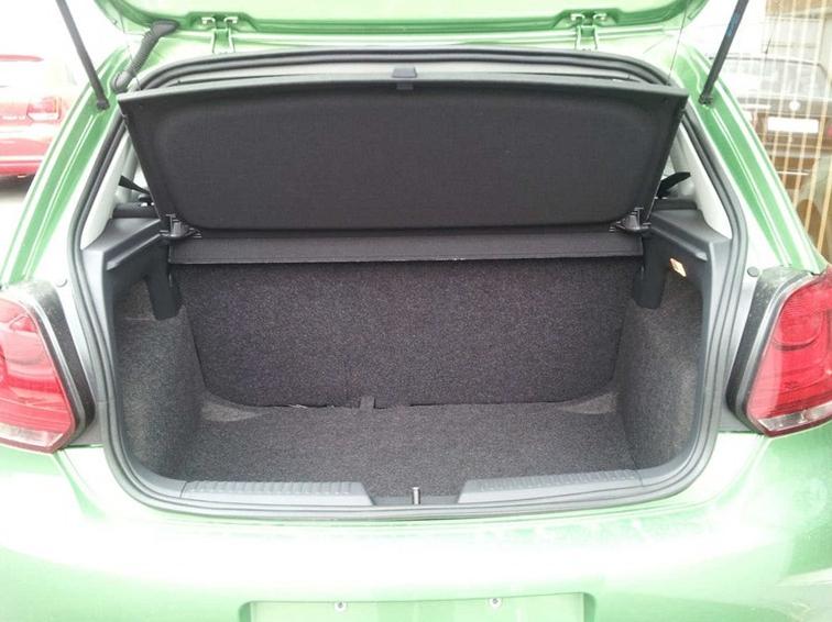 POLO 2013款 1.4L 手动风尚版车厢座椅图片