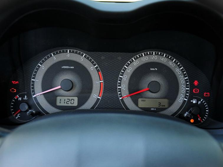 卡罗拉 2013款 特装版 1.6L 手动至酷型GL图片10