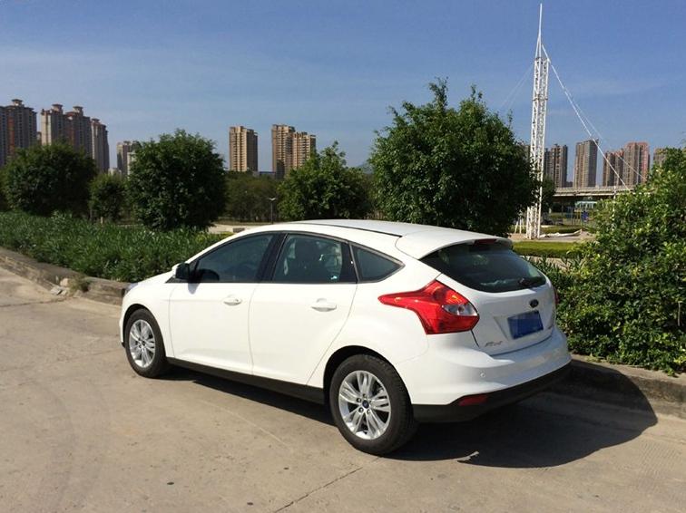 福克斯 2012款 两厢 1.6L AT舒适型图片6