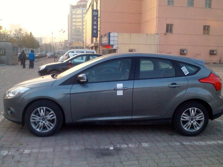 福克斯 2012款 两厢 1.6L AT舒适型图片9