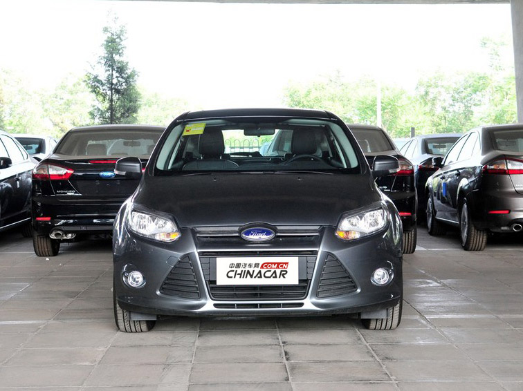 福克斯 2012款 两厢 1.6L MT风尚型图片4