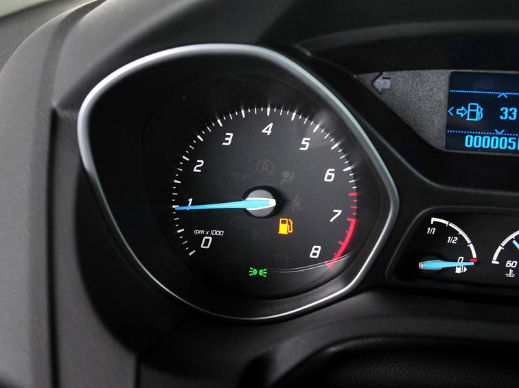 福克斯 2012款 两厢 1.6L MT风尚型图片10