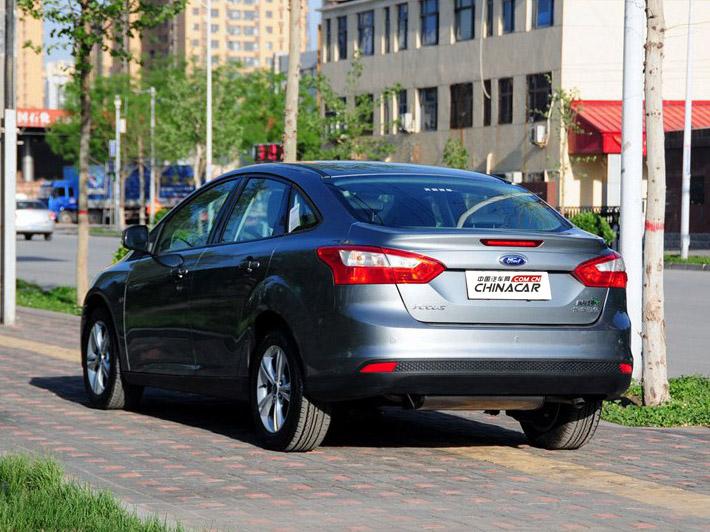 福克斯 2012款 三厢 1.6L AT风尚型图片10