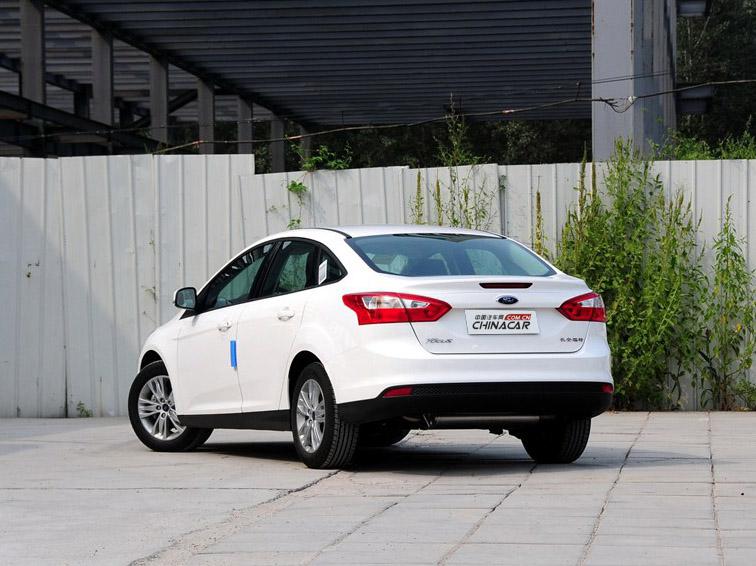 福克斯 2012款 三厢 1.6L AT舒适型图片7