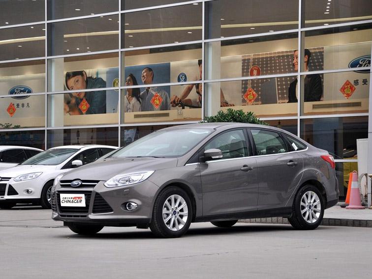 福克斯 2012款 三厢 1.6L AT尊贵型车身外观图片