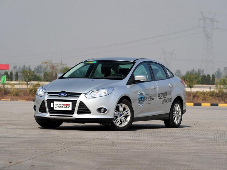 福克斯 2012款 三厢 1.6L MT舒适型车身外观图片