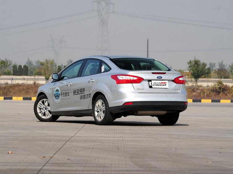 福克斯 2012款 三厢 1.6L MT舒适型图片7