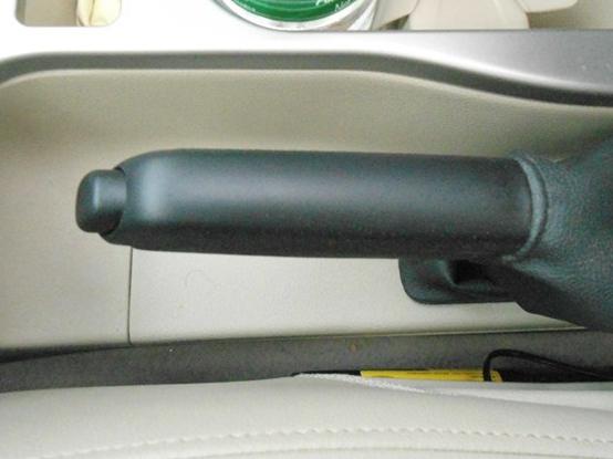 福克斯 2013款 两厢经典 1.8L MT时尚型中控方向盘图片