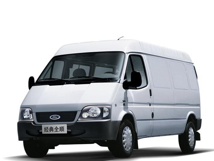 经典全顺 2015款 2.8T柴油厢式运输车长轴3座中顶短车JX493ZLQ4