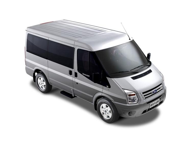 新世代全顺 2015款 2.4T短轴7座中低顶豪华型客车