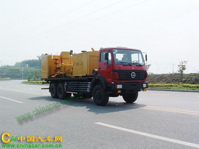 双燕牌CFD5227TSN型固井水泥车图片