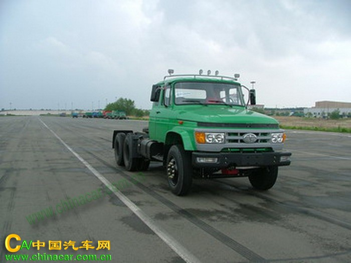 解放牌ca4228k2r5t1型6x4长头柴油半挂牵引汽车图片