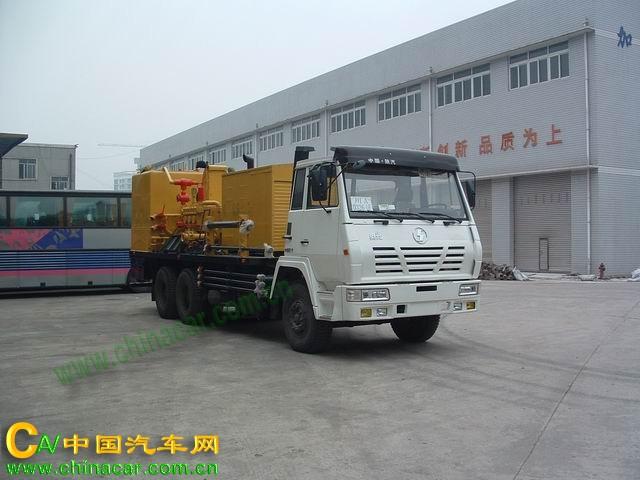 双燕牌CFD5213TSNA型固井水泥车图片