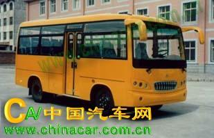燕兴牌YXC6600D型轻型客车图片1