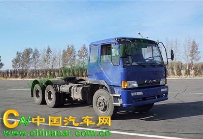 CA4258P1K2T1A型解放牌6X4平头柴油半挂牵引汽车图片2