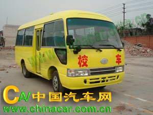 华西牌CDL6606XCDT型小学生校车图片1