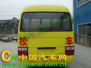 华西牌CDL6606XCDT型小学生校车图片2
