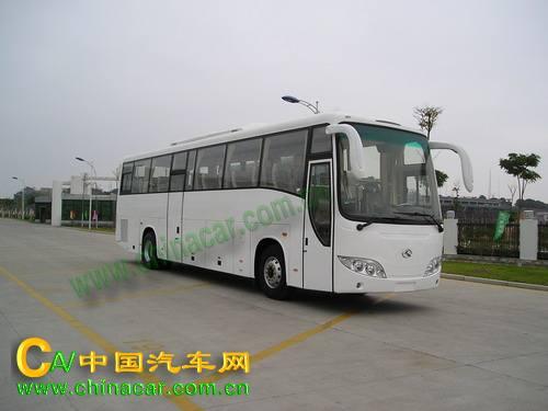 金龙牌XMQ6122Y型旅游客车图片3