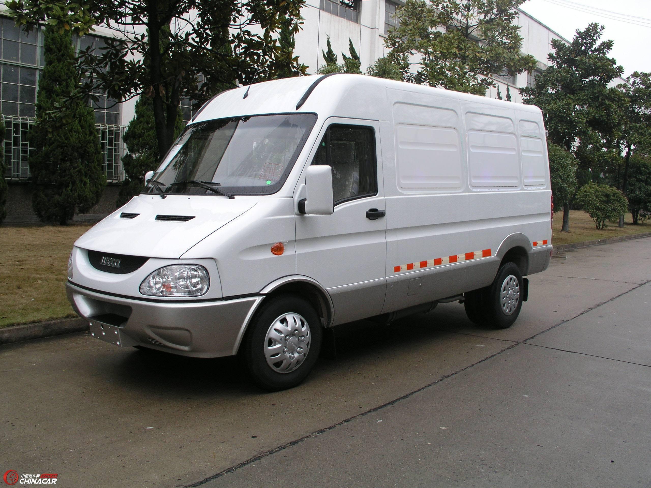 nj5035xxy2n依维柯厢式运输车图片