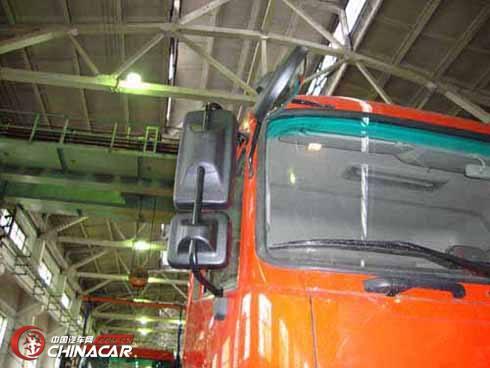 EQ2161AX60D型东风牌沙漠越野车图片2