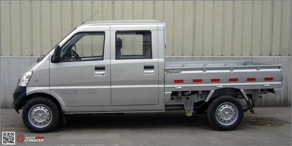 五菱小货车一年费用 双排座小货车全险一年多少图片