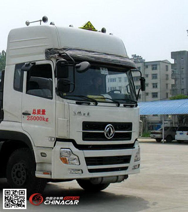 CSC5251GHYD8型楚胜牌化工液体运输车图片2